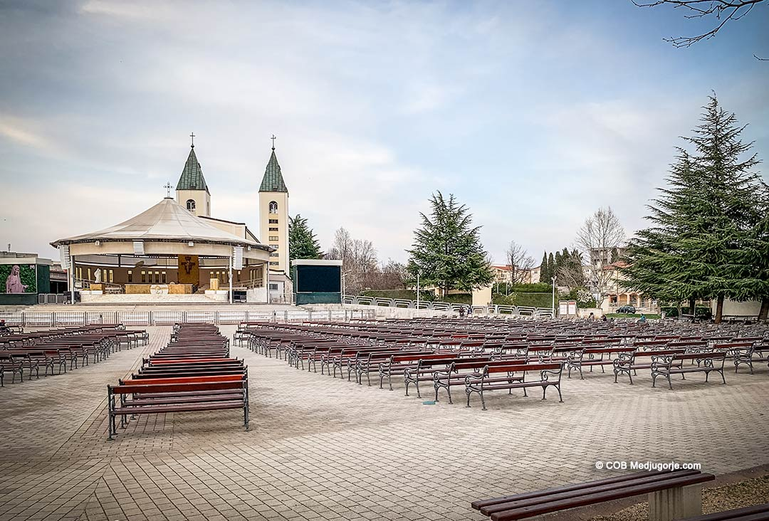 Empty pews in Medjugorje, March 21, 2020